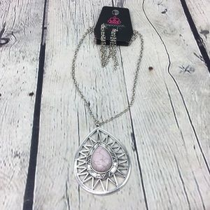 Paparazzi necklace and earrings set NWT